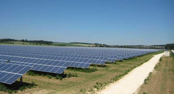 Tyskland når 40 gW solcellekapacitet i april 2016